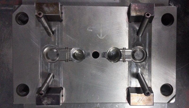 mold with slider